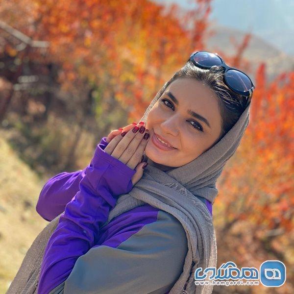 لیندا کیانی در طبیعت پاییزی